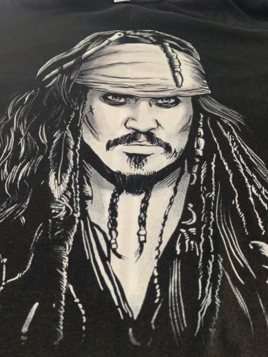 t-shirt nera JACK SPARROW pirati dei caraibi Johnny Depp